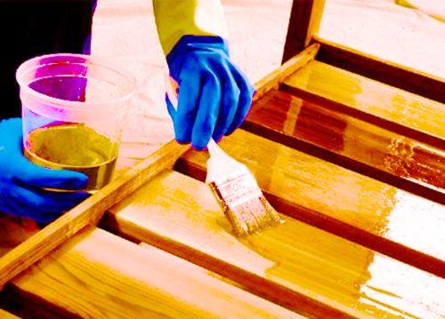 Окрашивание поверхности под полиуретановый лак декоративные наливные полы стоимость материала