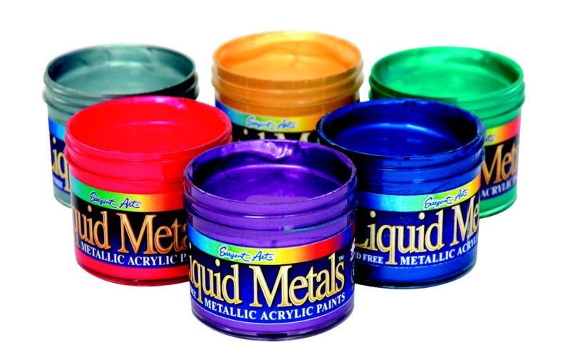 Миллионы банок художественной краски были возвращены из-за беспокойств о наличии бактерий